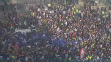 Жълти жилетки на демонстрация и в Близкия Изток