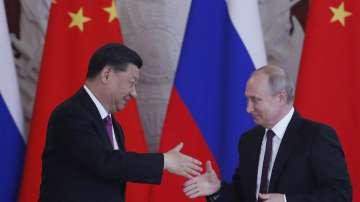 Си Дзинпин е в Москва по покана на Владимир Путин