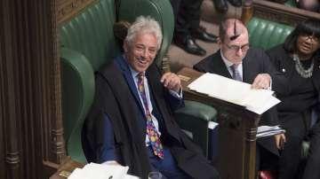 Джон Бъркоу се оттегля от поста на председател на парламента във Великобритания