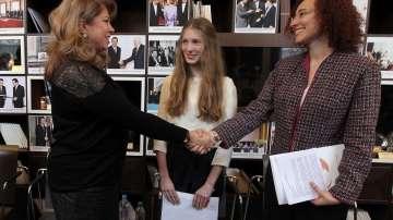 Посланик за един ден - шанс за момичета към бъдеще на жени лидери