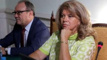 Вицепрезидентът Йотова: Наивно е да мислим, че мигрантският проблем е решен