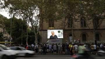 Джулиан Асандж: В Каталуния наблюдаваме първата в света интернет война