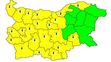 Жълт код за жеги в по-голямата част от страната
