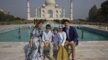 Канадският премиер Джъстин Трюдо и семейството му посетиха Тадж Махал