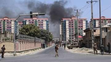 Десетки са ранени при мощен взрив на кола бомба в Кабул