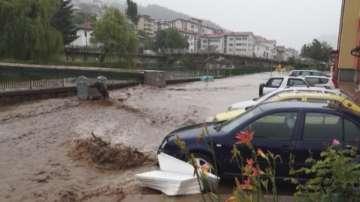 АПИ: Заради валежите се очакват проблеми с кални наноси по пътищата