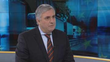 Калфин: Екзотика е министър да участва в протеста на превозвачите в Брюксел