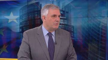 Ивайло Калфин: Председателят на ЕК трябва да има опит в изпълнителната власт