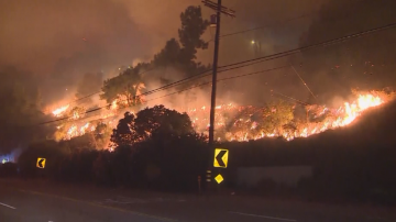 Милион и половина останаха без електричество в Калифорния заради пожарите