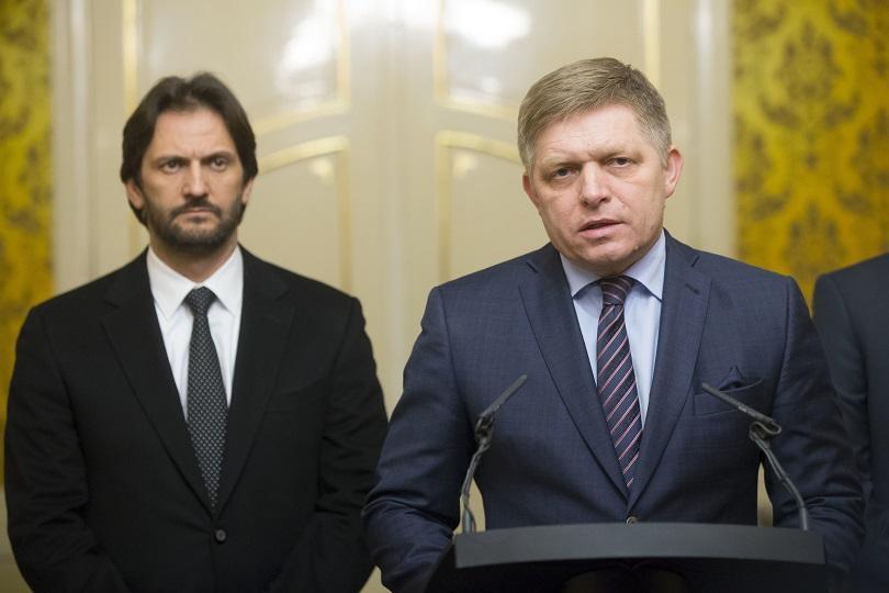 словашкият вътрешен министър роберт калиняк подава оставка
