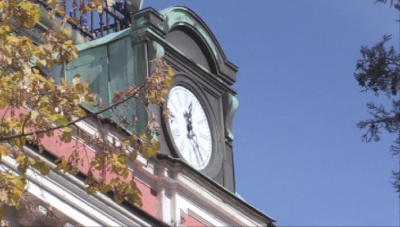 Над 580 -годишна камбана отмерва времето в Кюстендил. Тя се