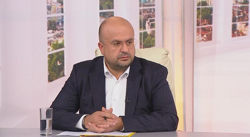 Парламентът прекрати пълномощията на депутата Камен Костадинов