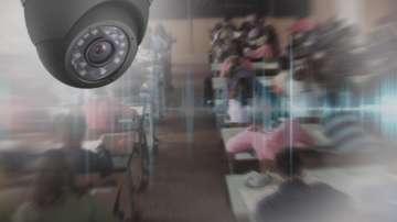 Предполага се, че ученик е сложил камерата в училищната тоалетна в Стара Загора