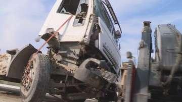 Катастрофирал камион блокира движението по магистрала Хемус край Варна