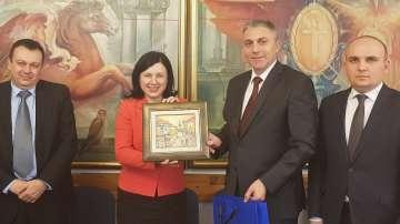 Мустафа Карадайъ прие в Централата на ДПС еврокомисар Вера Юрова