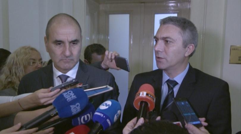 След среща председателите на двете парламентарни групи Цветан Цветанов и