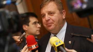 Каракачанов със сигнал до Цацаров за опити за създаване на македонско малцинство
