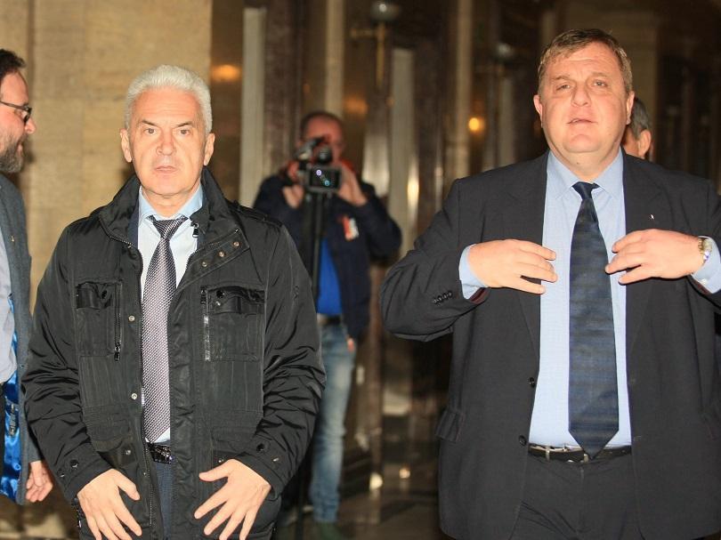 Каракачанов и Сидеров допускат вариант Патриотите да се явят заедно на евровота