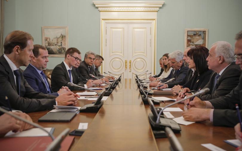 """снимка 2 Медведев: """"Росатом"""" ще се включи в избора на инвеститор за АЕЦ """"Белене"""""""
