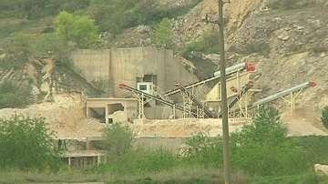 Жители на Куртово Конаре настояват за затваряне на кариера за добив на мрамор