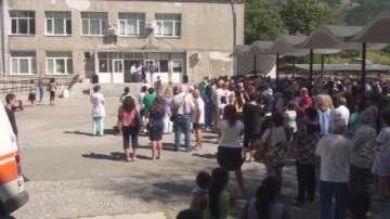 Протест в Карлово против закриването на АГ-отделението