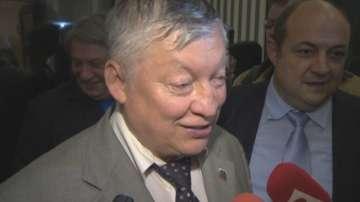 Бойко Борисов е отказал среща с шахматиста Карпов заради спора с кирилицата