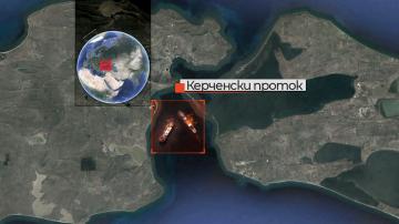 10 души загинаха при взрив на кораб в Керченския проток