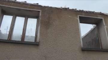 Семейство с 3 деца има нужда от помощ, след като пожар унищожи дома им