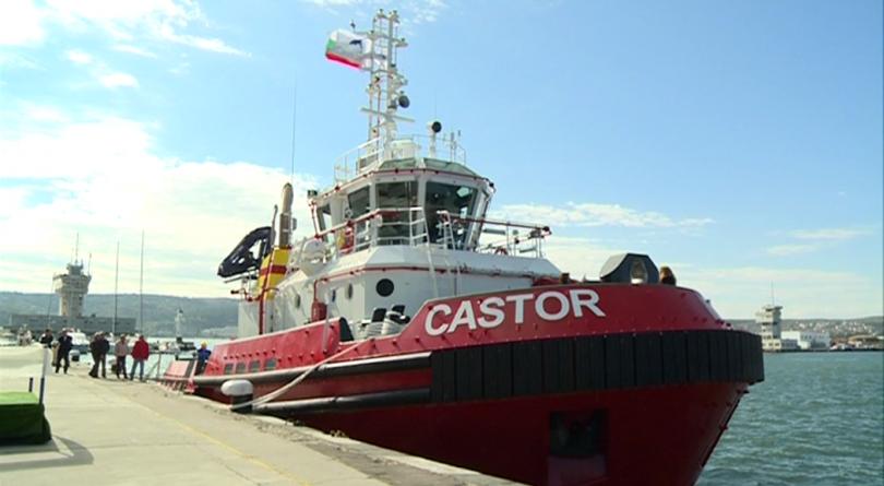 Във Варна беше именуван най-новият български кораб, който вече е