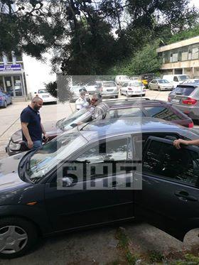 снимка 3 Арести в КАТ-Благоевград. Задържан е и директорът на Пътна полиция