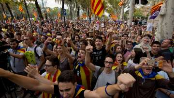 Постоянна мобилизация за протести обявиха регионалните власти в Каталуния