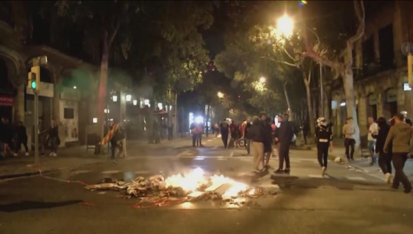 Мирна демонстрация в защита на независимостта на Каталуния прерасна в