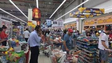 Сухопътната и въздушната блокада в Катар предизвикаха паника