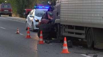 Жена загина при челен сблъсък с камион на пътя Русе - Бяла