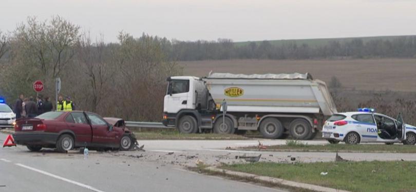 19-годишна шофьорка предизвика инцидент при неправилно изпреварване на пътя Шумен
