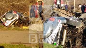 Влак блъсна кола на гара Чумерна, шофьорът починал на място