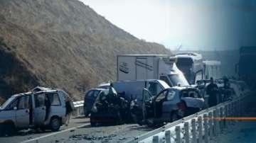 Продължава разследването на причините за тежката катастрофа на АМ Струма