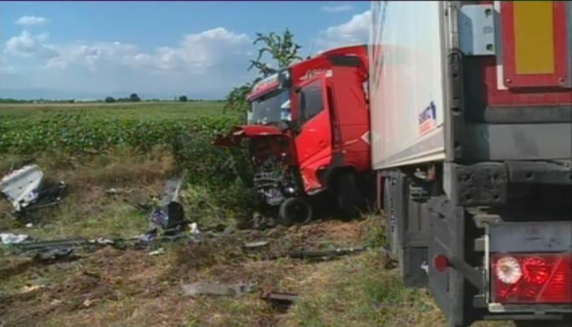 Повдигнаха обвинение на шофьора на ТИР-а, причинил катастрофа на АМ Тракия