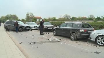 Пияна и дрогирана шофьорка удари 10 автомобила в Пловдив