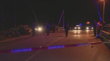 Влак удари автомобил на жп прелез край село Желю войвода, има загинал