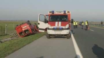 Двама души са загинали, а седем са пострадали при катастрофа с бус на Тракия