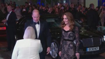 Херцогинята на Кеймбридж Катрин впечатли с тоалет