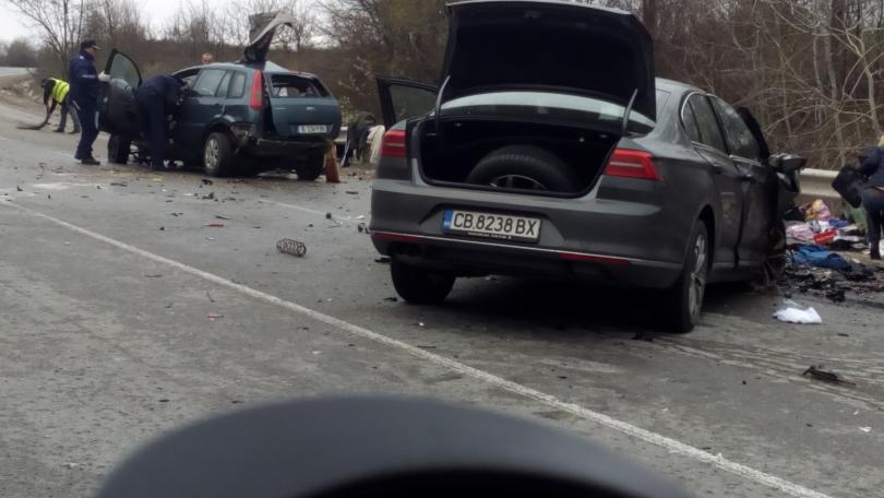 Двама души за загинали в катастрофа на първокласния път София-Варна