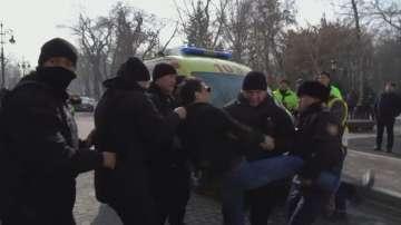 Десетки арестувани при протести в Казахстан