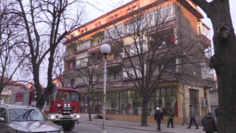Теч на газ блокира централен булевард в Казанлък