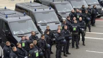 Германската полиция издирва трети заподозрян за убийството в Кемниц