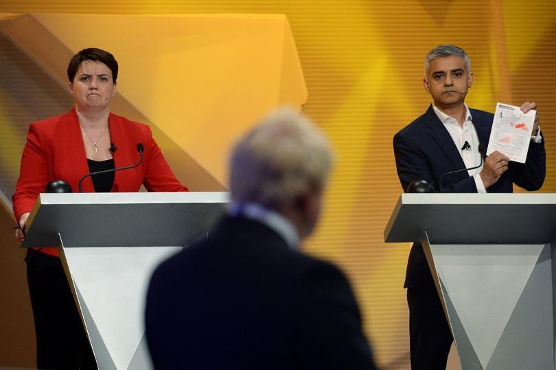 снимка 2 Настоящият и бившият кмет на Лондон в спор за Brexit