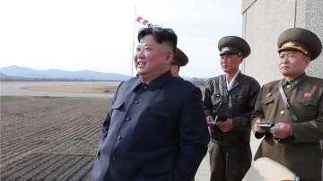 Лидерът на Северна Корея присъства на изпробването на ново оръжие