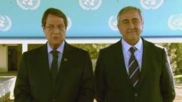 Кипър се обедини за Коледа