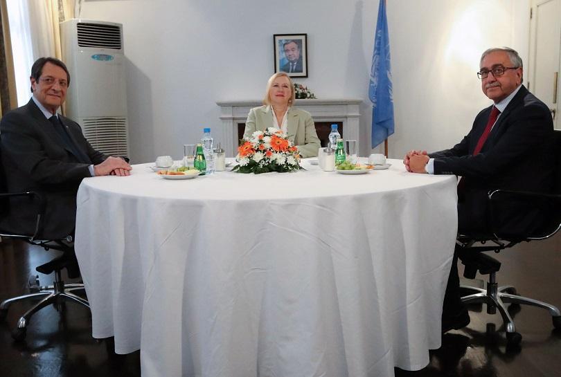 Турция и Гърция сядат на масата за преговори по Кипърския